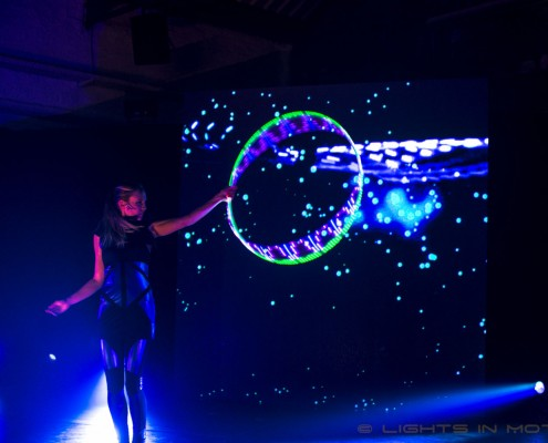 LED Hoop LEDshow LightsinMotion IMEC
