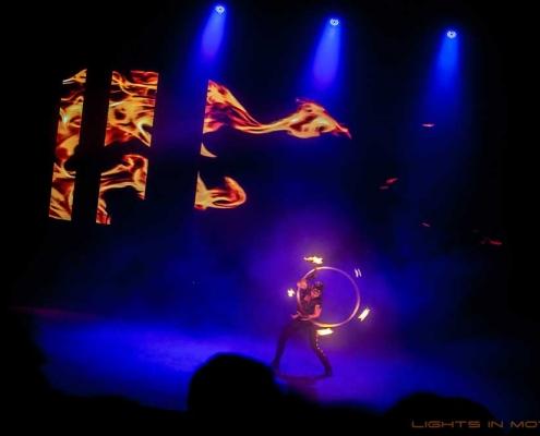 Bobbejaanlad-LightsinMotion-vuurshow-13