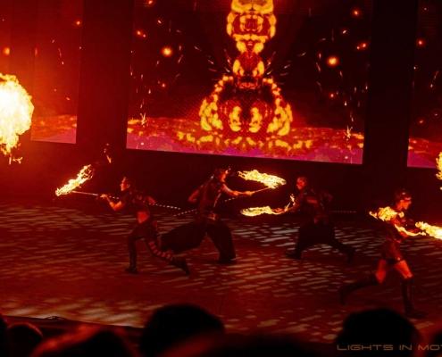 Bobbejaanlad-LightsinMotion-vuurshow-19