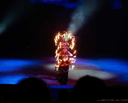 Bobbejaanlad-LightsinMotion-vuurshow-33
