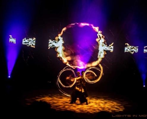 Bobbejaanlad-LightsinMotion-vuurshow-6