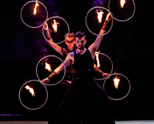 Fireshow-LightsinMotion-The-Legend-15