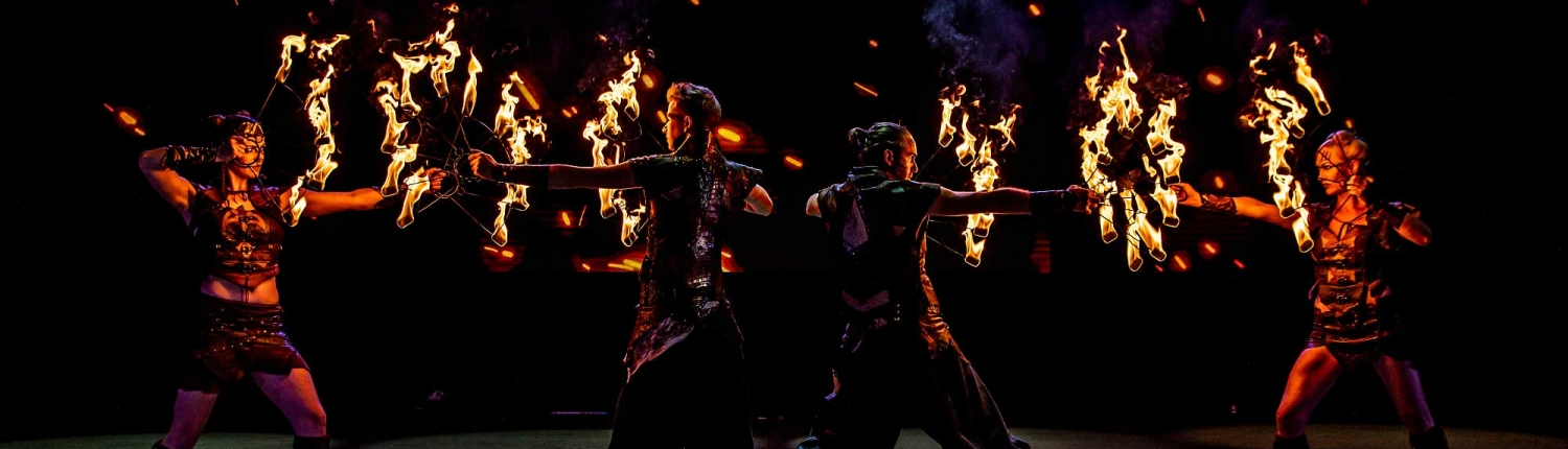 Fireshow-LightsinMotion-The-Legend-19