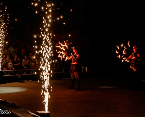 Fireshow-LightsinMotion-The-Legend-2