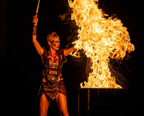 Fireshow-LightsinMotion-The-Legend-4